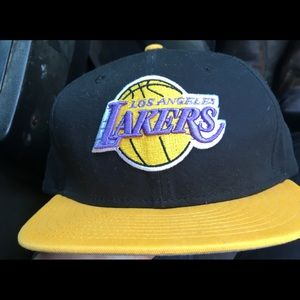 Youth LA Lakers SnapBack hat